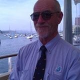 Colin celebrates 32 years on Port Jackson